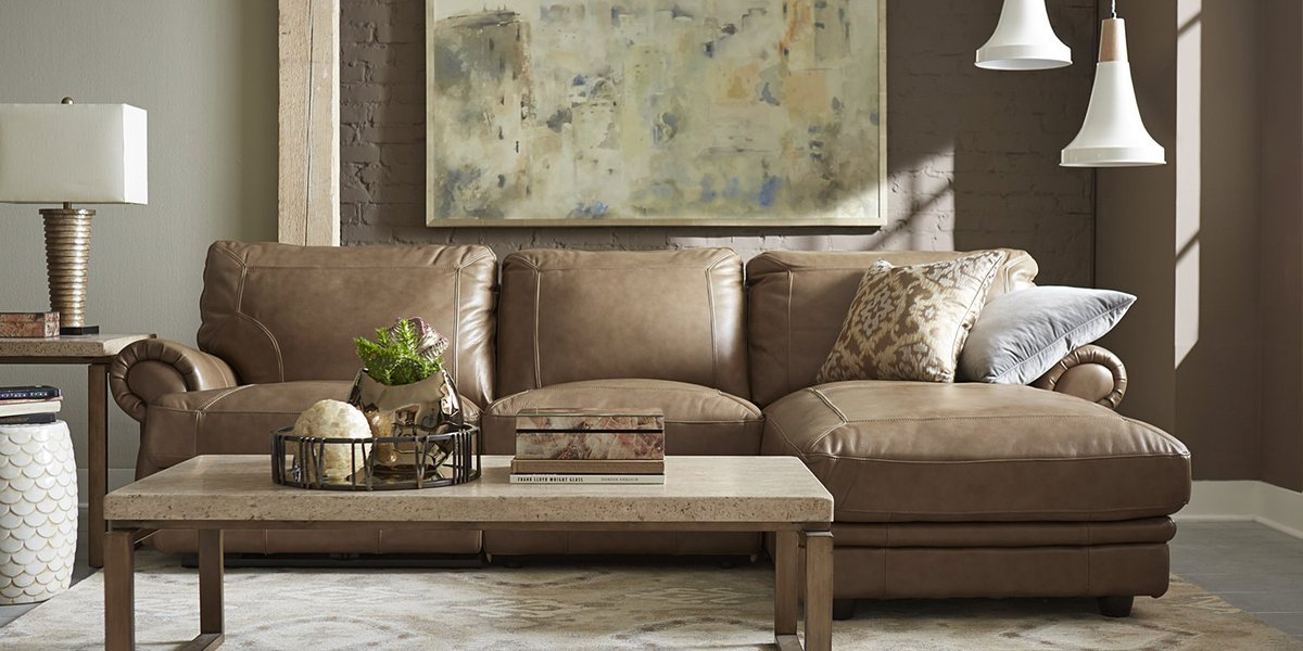 Havertys Furniture On Twitter Vip Seating For Your Style Explore Our Bentley Sectional Https T Co 5agqg4trdc Livingroom Sofa