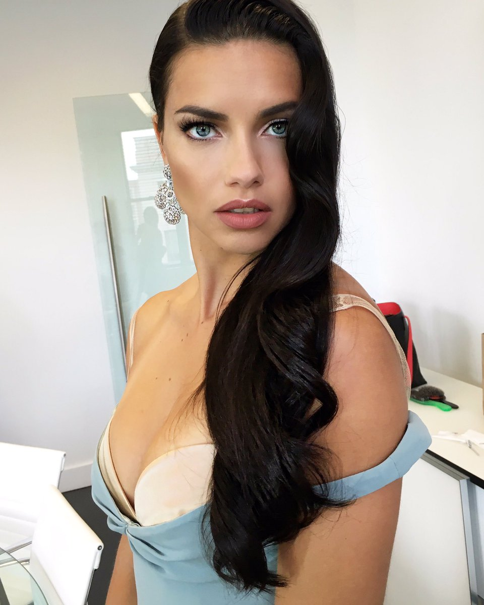 Twitter adriana lima nude (32 foto and video), Pussy, Sideboobs, Selfie, see through 2017