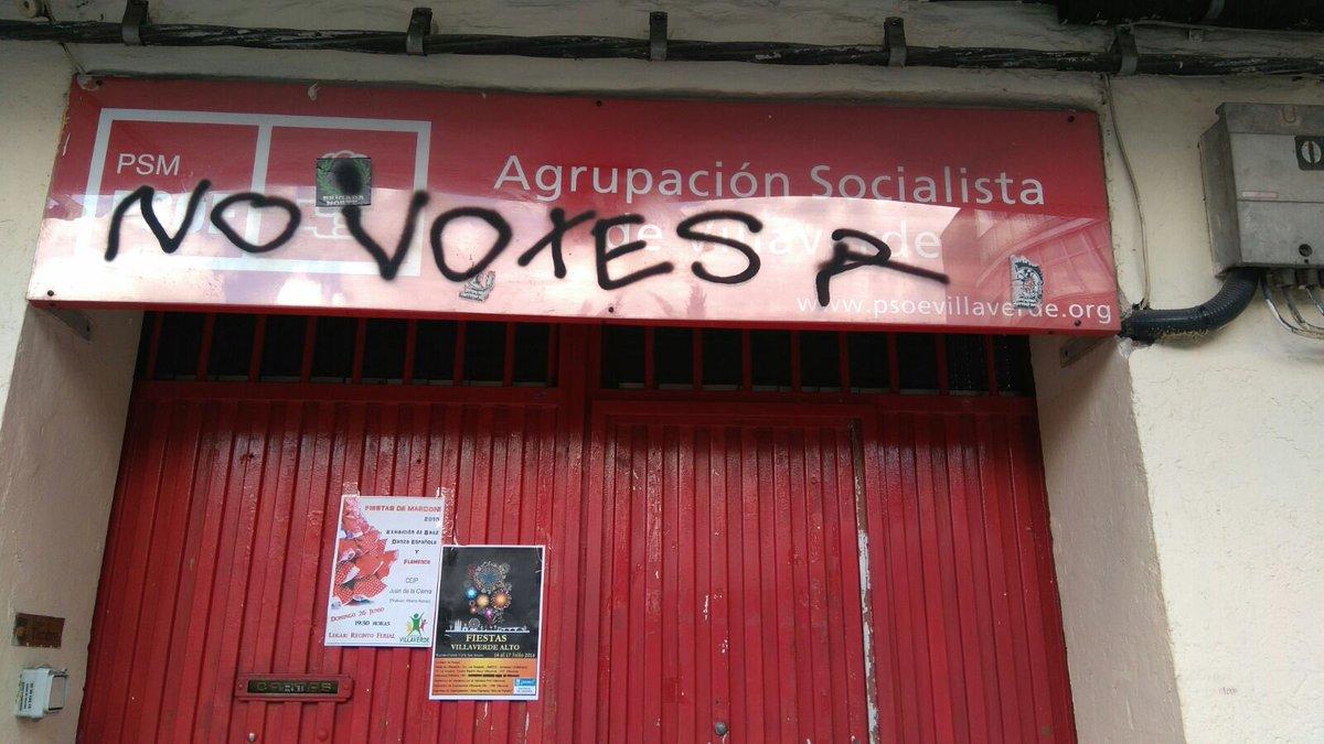 Ataque a nuestra sede en Villaverde.No votes? Algunos quieren que eso pase para que otros voten por ti #VotaSiempre https://t.co/k4GBK4idFC