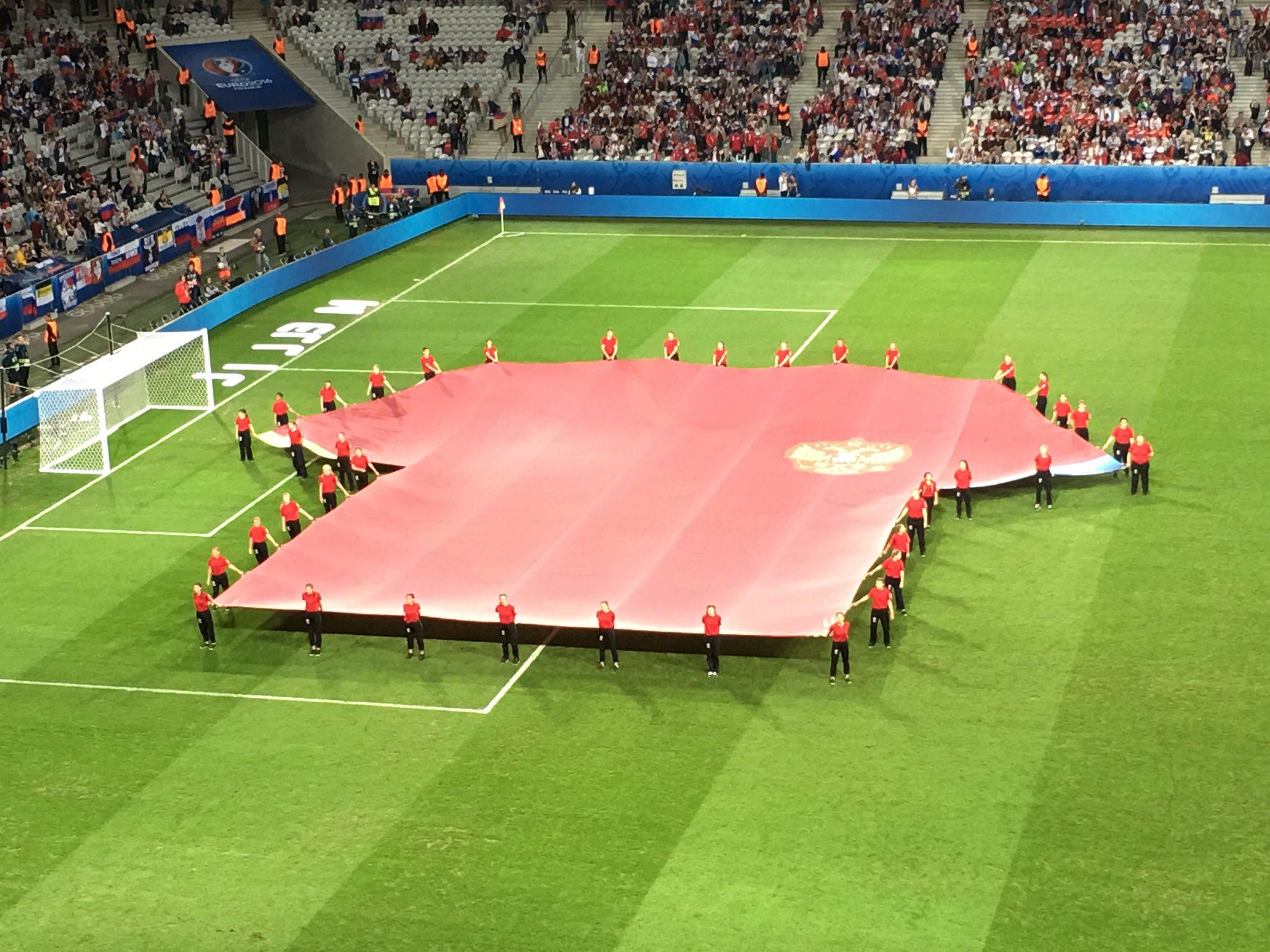 Чемпионат Европы по футболу 2016 - Страница 4 Ck_kAc2XIAAQ8yn