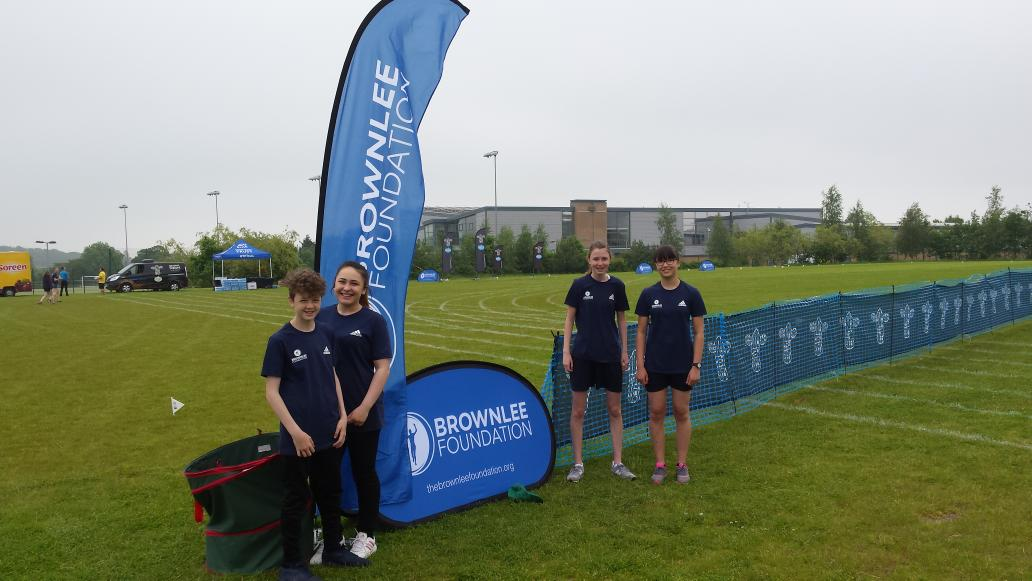 Young leaders from @SmeatonAcademy ready for a busy day ahead @brownleefdn #volunteering #WTSLeeds