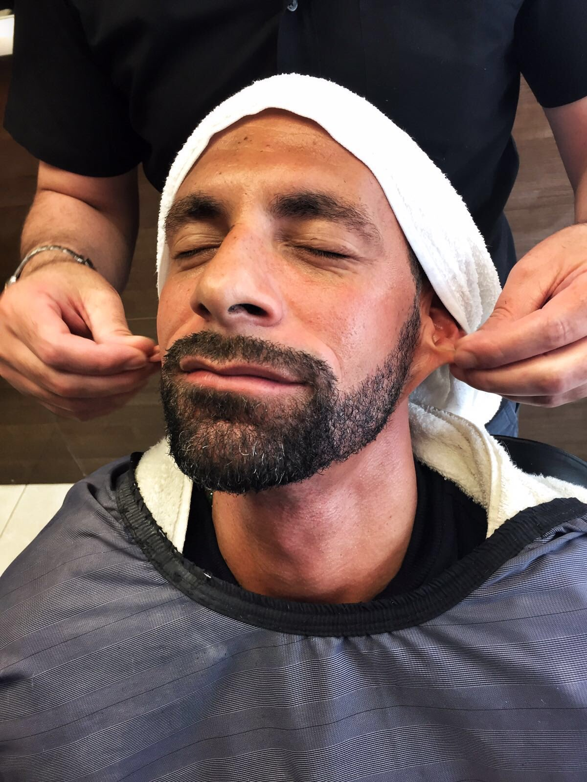 Just freshening up for #Euro2016 🇫🇷 looking forward to heading to Paris later.. Stay tuned to my 👻 SC - rioferdyfive https://t.co/bPjd1xx6iQ