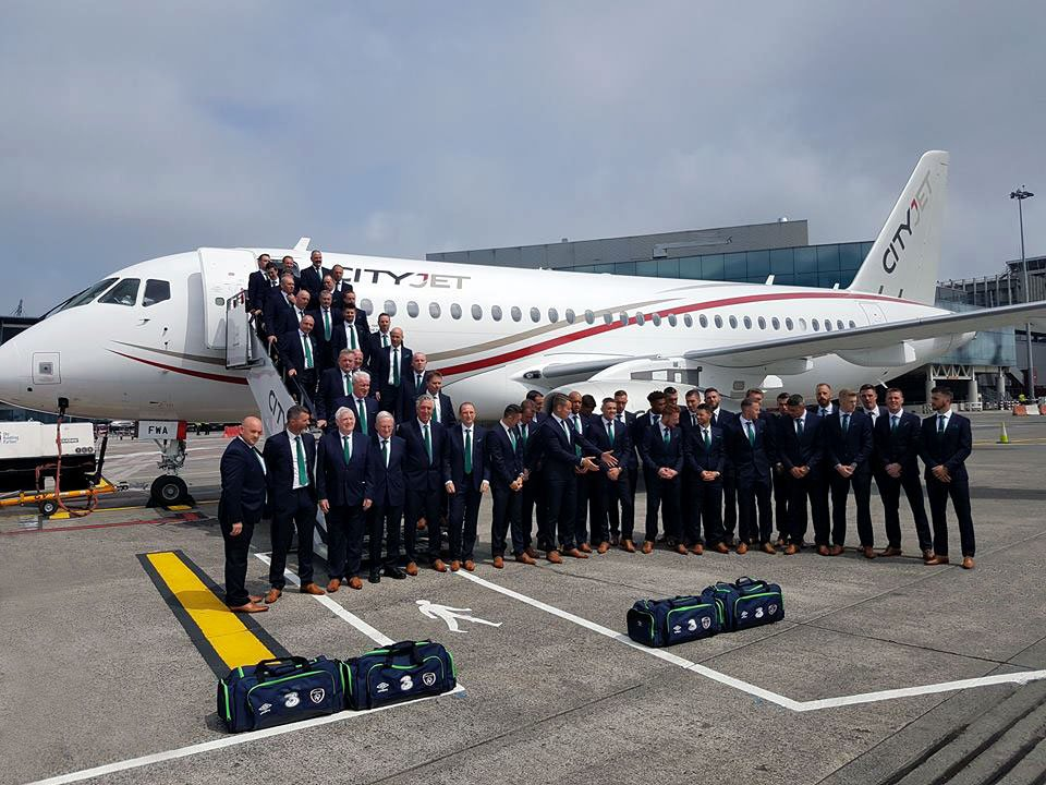 CityJet SSJ100 carries the Ireland football team to Euro 2016 https://t.co/2joCnBhDGg #team #superjet #SSJ100 https://t.co/QyG8VYcoMg