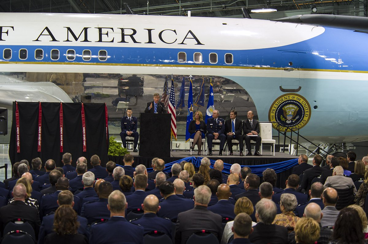 Walk in footsteps of #presidents, #astronauts, test #pilots & #POWs in our new #4thbldg! https://t.co/7k9X1LhI0s https://t.co/NwTWOjyZEp