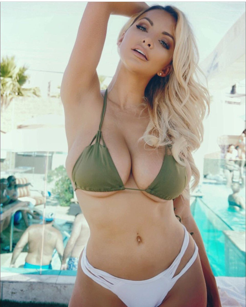 Watch Lindsay pelas topless and sexy video