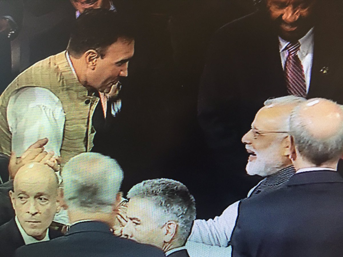 It was an honor to greet Indian Prime Minister @narendramodi before he addressed a Joint Meeting of Congress. https://t.co/W5z6ozm6An