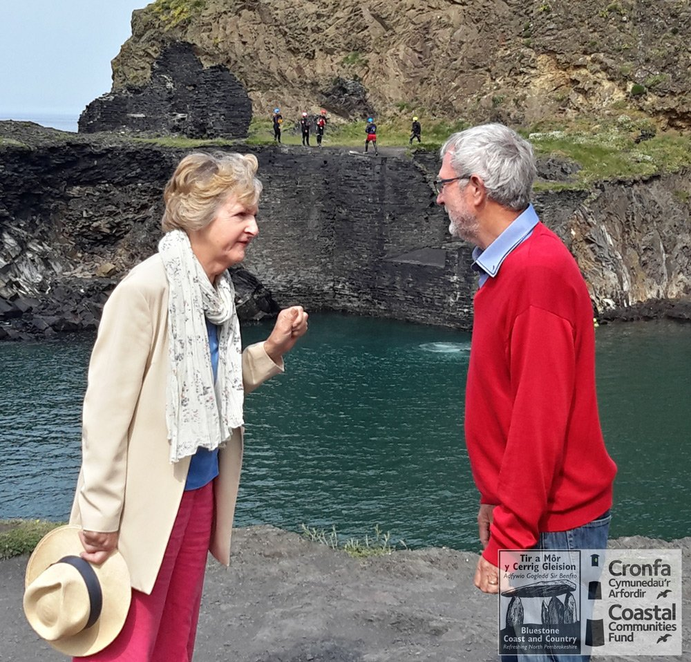 Dame Penelope Keith continues around Pembrokeshire filming for the new series of Hidden Villages for @Channel4 https://t.co/rUyzmrM230