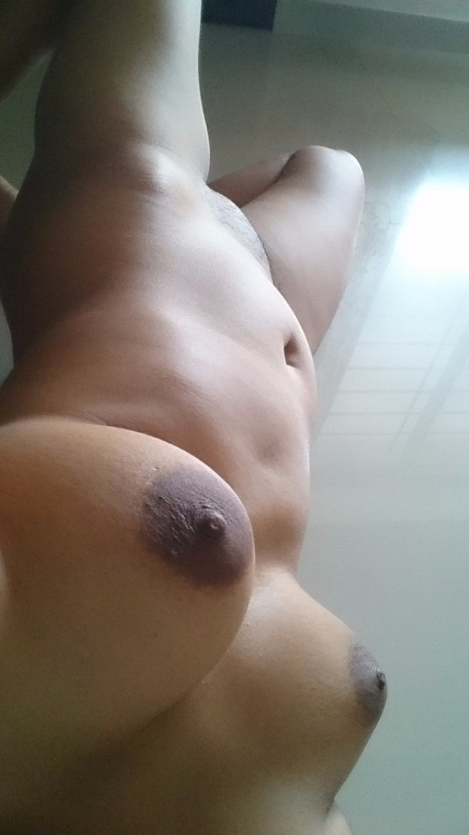 Nude Selfie 6135