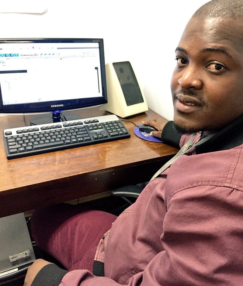 The @SABCRecordLib's Image Sibuyi at work on Dalet pulling in music for the Regions #IAD16 #archivesrock https://t.co/dg6IteQtuA