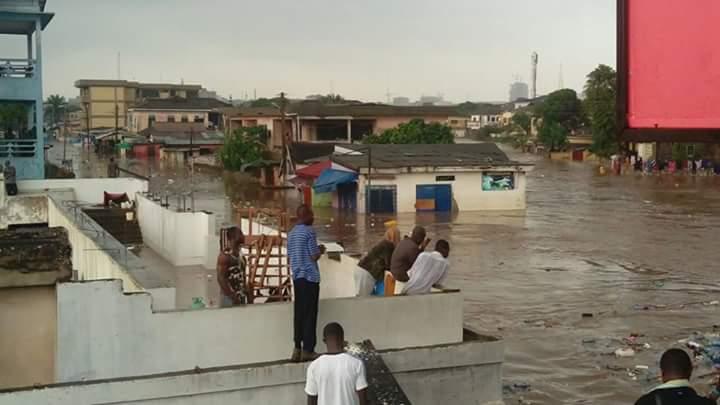LLUVIAS TORRENCIALES CAUSAN GRAVES INUNDACIONES EN GHANA