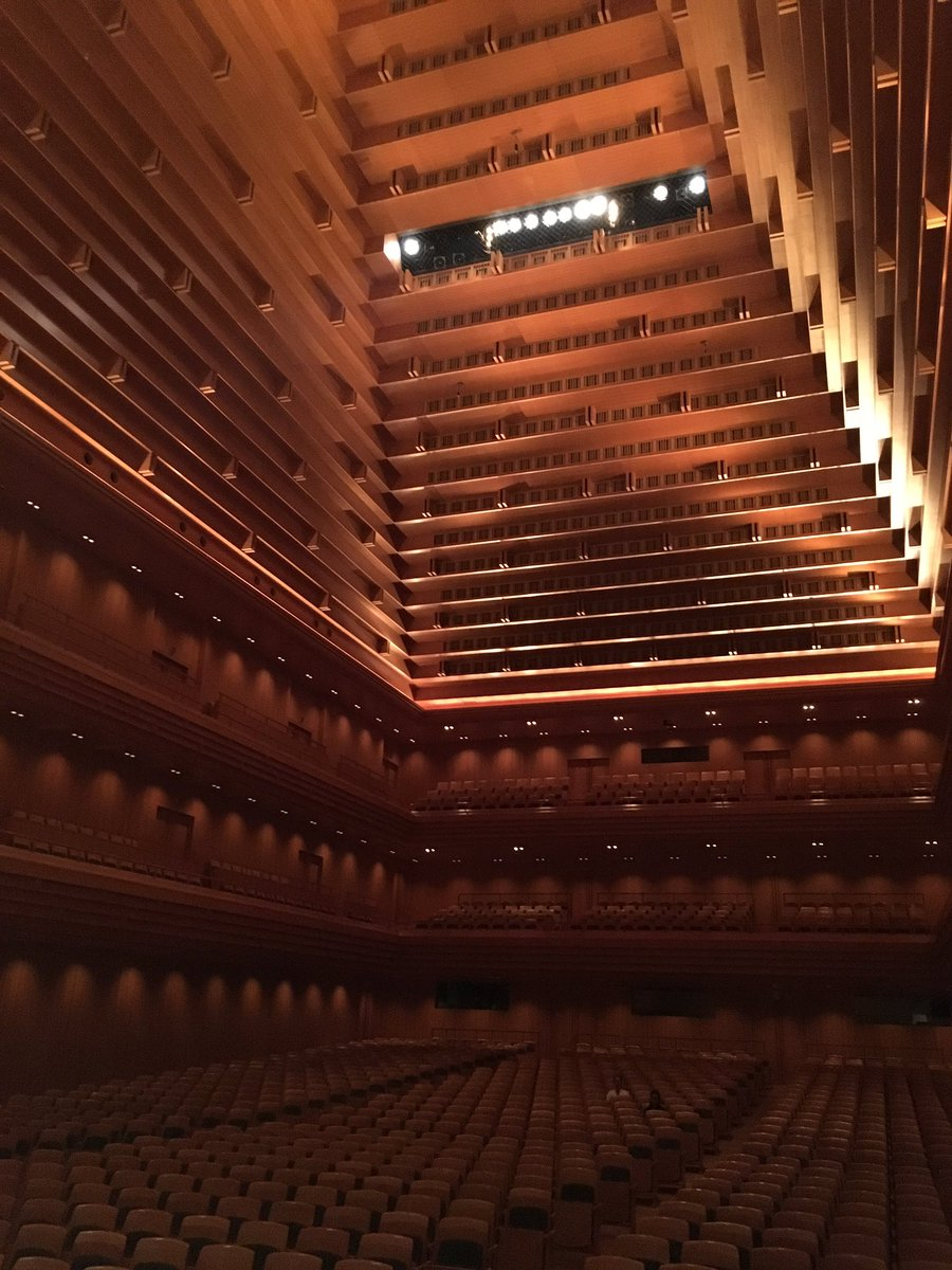 Tokyo's Opera City hall as seen from the stage during rehearsal. Breathtaking every time. https://t.co/UeNfsR6iIZ