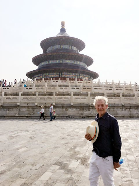 Farewell to Beijing with a visit to the Temple of Heaven. Next stop Shanghai for British Council #ShakespeareLives