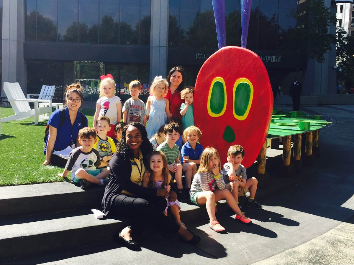 Thanks @ColonySquareATL for bringing the very hungry caterpillar to life! @HighMuseumofArt @alliancetheatre https://t.co/EEp9Zlaqy1