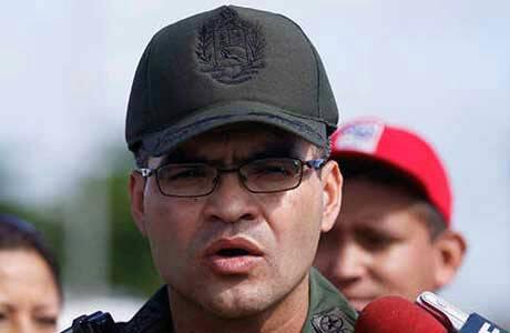 General Fabio Zavarce dió la orden de empujarnos para que fuéramos golpeados por los colectivos del gobierno. https://t.co/bKLK0wcZA2
