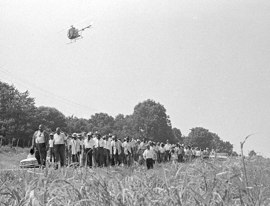 A police helicopter surveys the 1966 #MarchAgainstFear. Photo by Bob Fitch @StanfordArchive. https://t.co/IGWbGqtDpz https://t.co/6o72jrWL1b