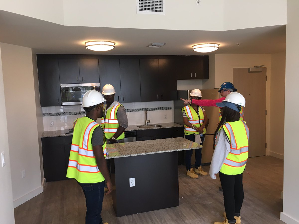 Fiu Sga Bbc On Twitter Tours Happening Of Bayview Student Housing
