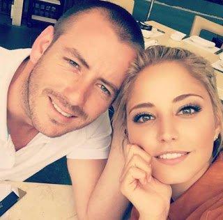 @JuanDiegoCova1 y @AlexiaImaz de #romance... Son #novios‼☺♥https://t.co/fZa9zACQVG '#Confirmado por @Natalia_Tellez' https://t.co/t1NNbC3KrO