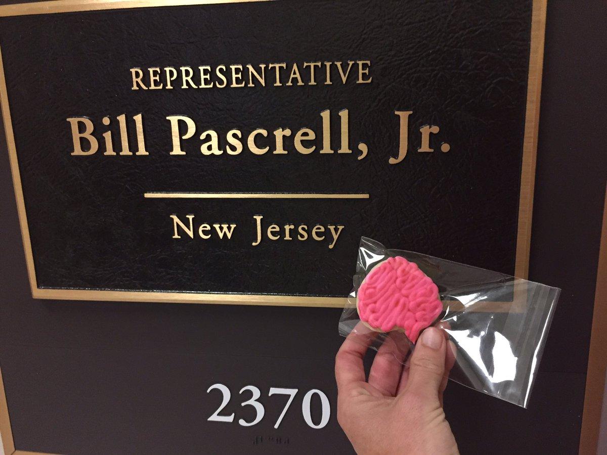 Thank you to Alyssa Penna Legislative Director/ Health Policy Advisor @BillPascrell office talking re #pinkTBI w/me https://t.co/aQiZHzimpu