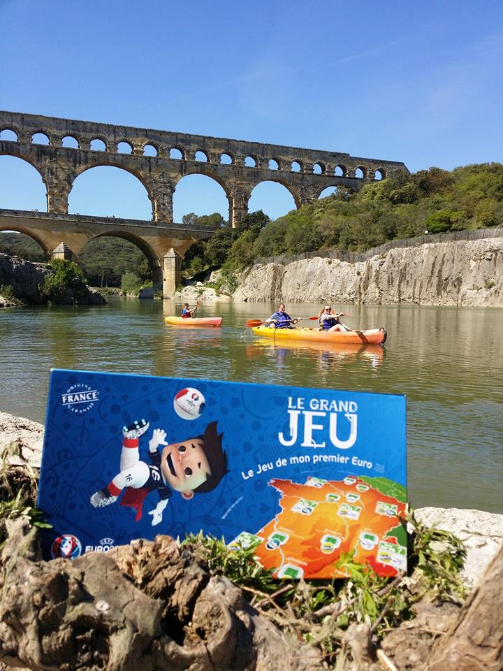 To celebrate the start of #EURO2016 we're giving away Le Grand Jeu board game and cards RT for a chance to #WIN https://t.co/8ND1e6zD32