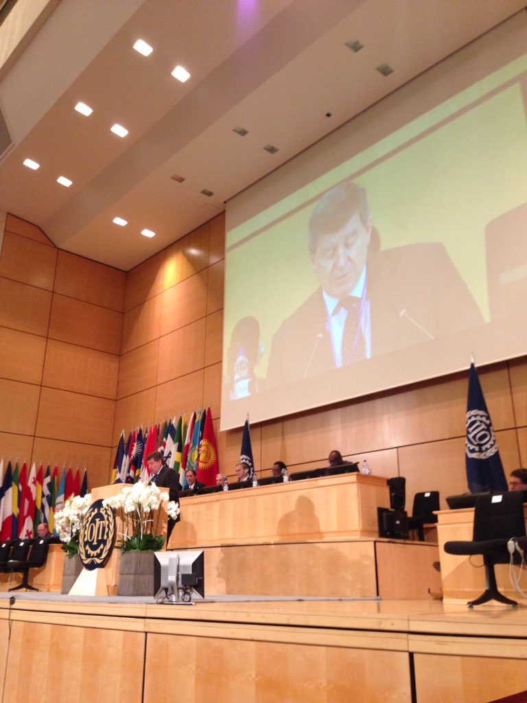 .@GuyRyder the 2030 Agenda with its emphasis on #decentwork is extraordinary opportunity for us all #ilc2016 https://t.co/iFZmMZxezC