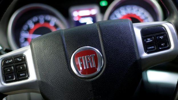 La FIAT ritira il libretto di servizio Uso Manutenzione in dotazione alla nuove autovetture dopo essere stata accusata di Misoginia