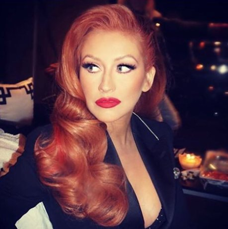 "Excited for @xtina's new real life ""Jessica Rabbit"" look! Her hair was styled by one of our faves, @chrisappleton1! https://t.co/8roRHFNToR"