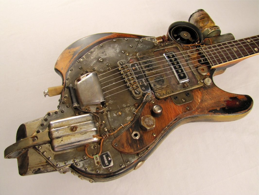 #Steampunk-ish Awesome of the Day: 'Inhibitor' Electric #Guitar by @TCochranGuitars  via @GuitarWhores #SamaGuitars