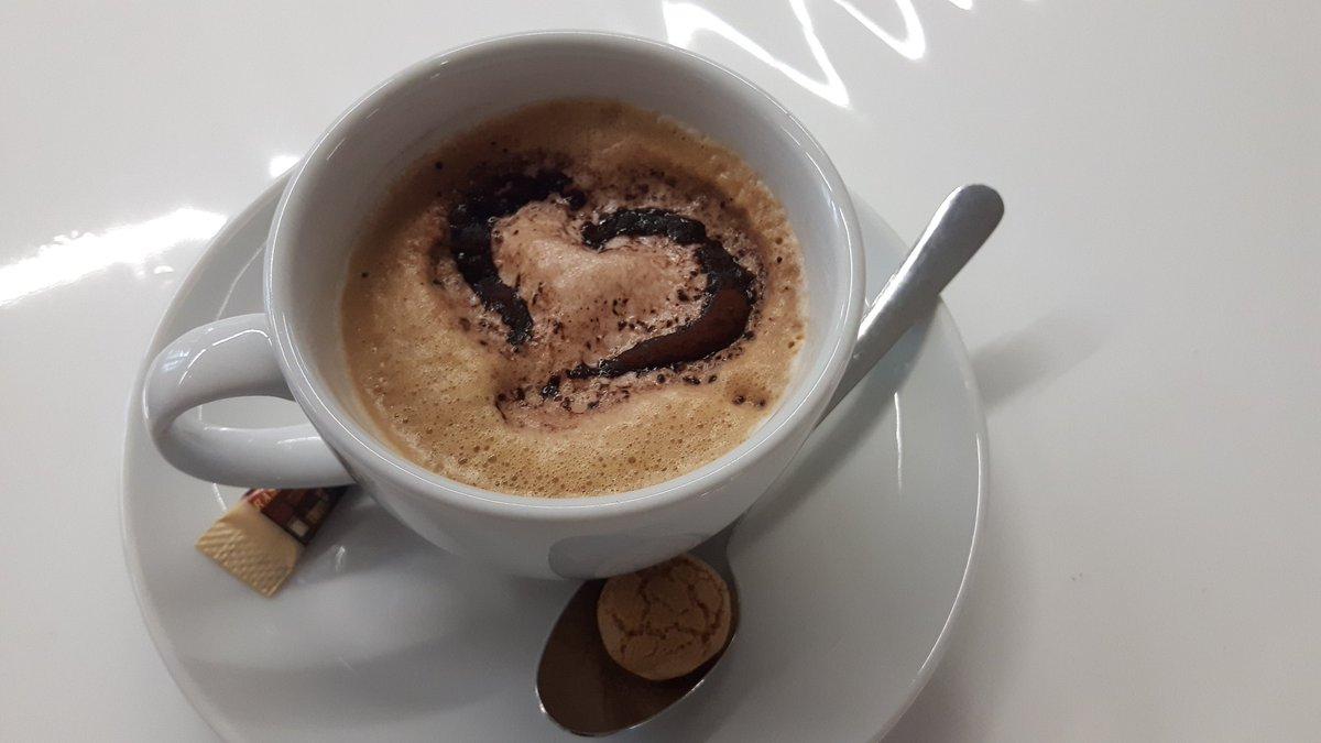 Guten Morgen- Caffe steht für Euch bereit #PMCampMUC  #AufdemWeg https://t.co/8J2tmfGxr2