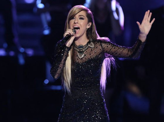 Christina Grimmie has died after being shot at her concert in Orlando. #RIPChristina https://t.co/EuQZZ9hYg1