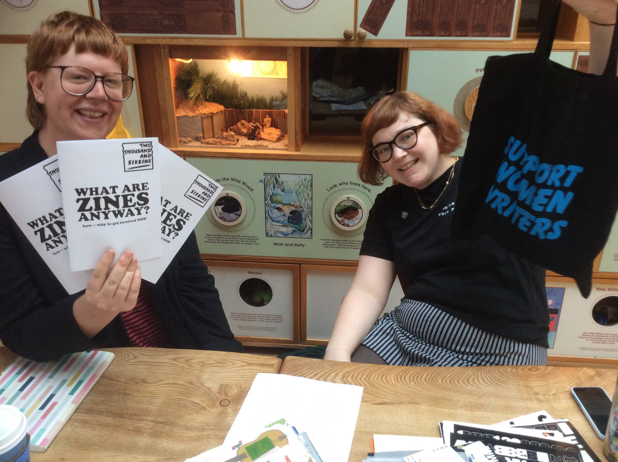 The lovely @cherry_styles & @ingridboring setting up for #Grrrlcon @thechapesszine https://t.co/Z8XaodN9No