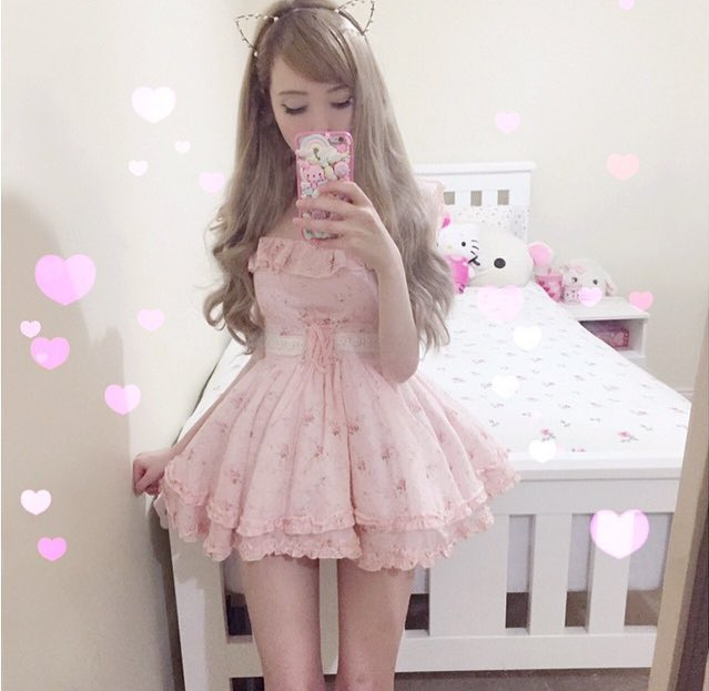 """Thinspos on Twitter: """"☁️ Baby doll ☁️ instagram:b4by.jpg…"""