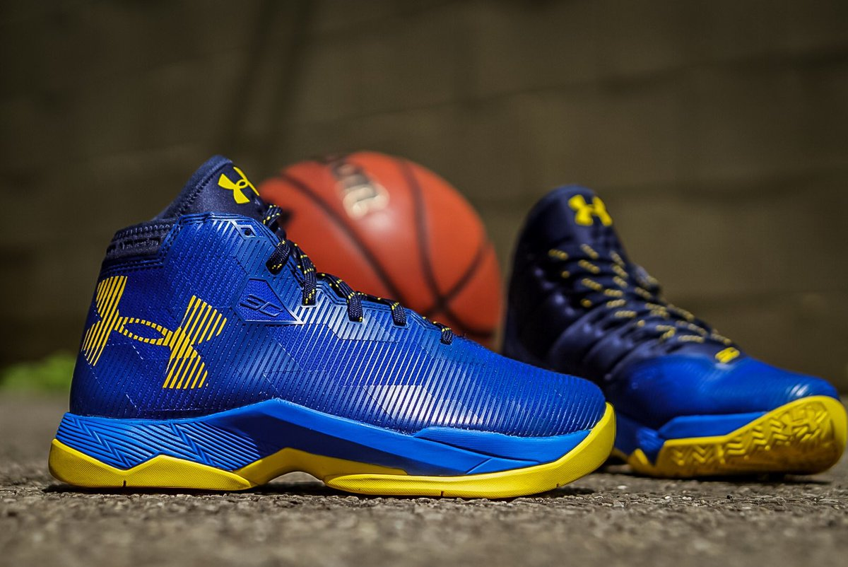 curry 2.5 37