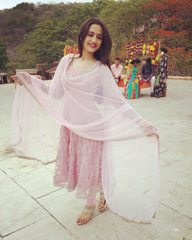 New Dhaani,Ishq Ka Rang Safed,IKRS,Dhaani,Dhani,Sanjeeda Sheikh,actress,Pictures, Pics, Images ,photos,colors