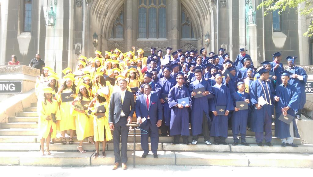 100% of the @JRLADetroit Class of 2016 graduates accepted into college, trade school or the military... Congrats! https://t.co/jPzhD1TIm8