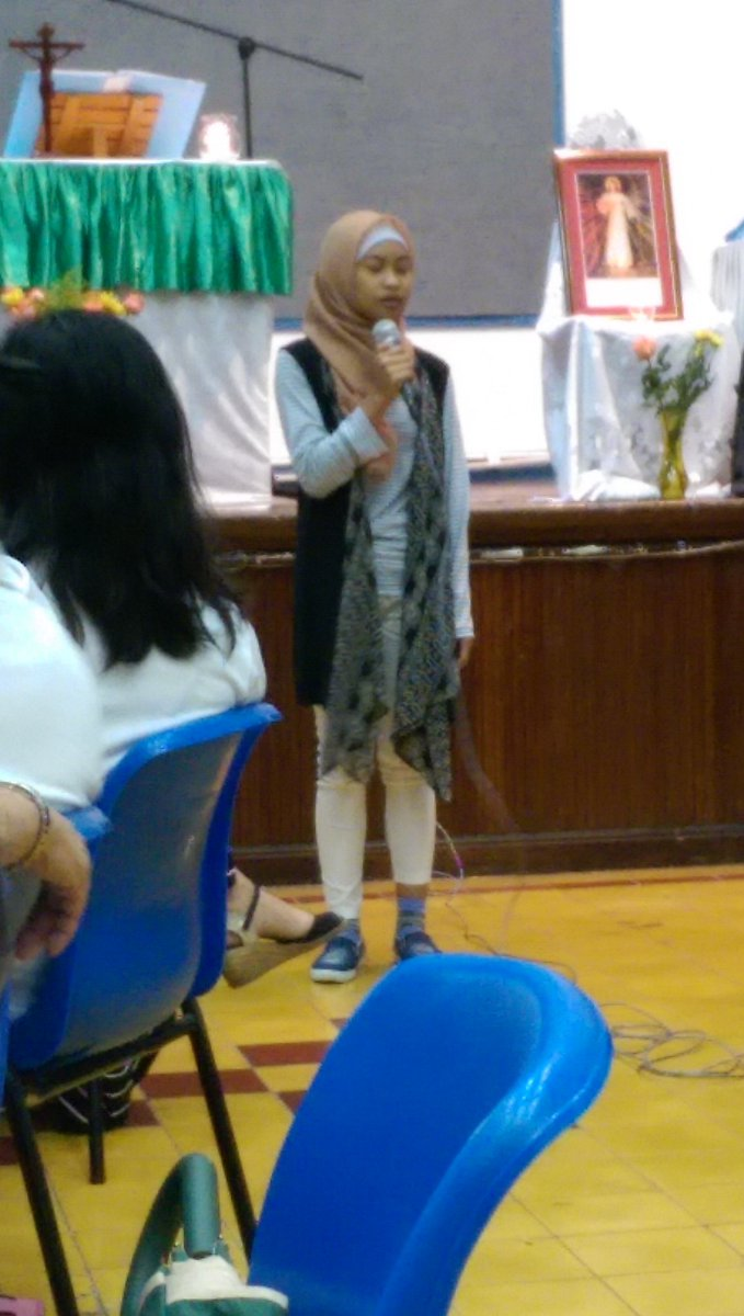 Members of #HK's #Muslim community, teaching the #Catholic Bayanihan congregation about #Ramadan #SacredEarth2016 https://t.co/UnS3VJ6A2p