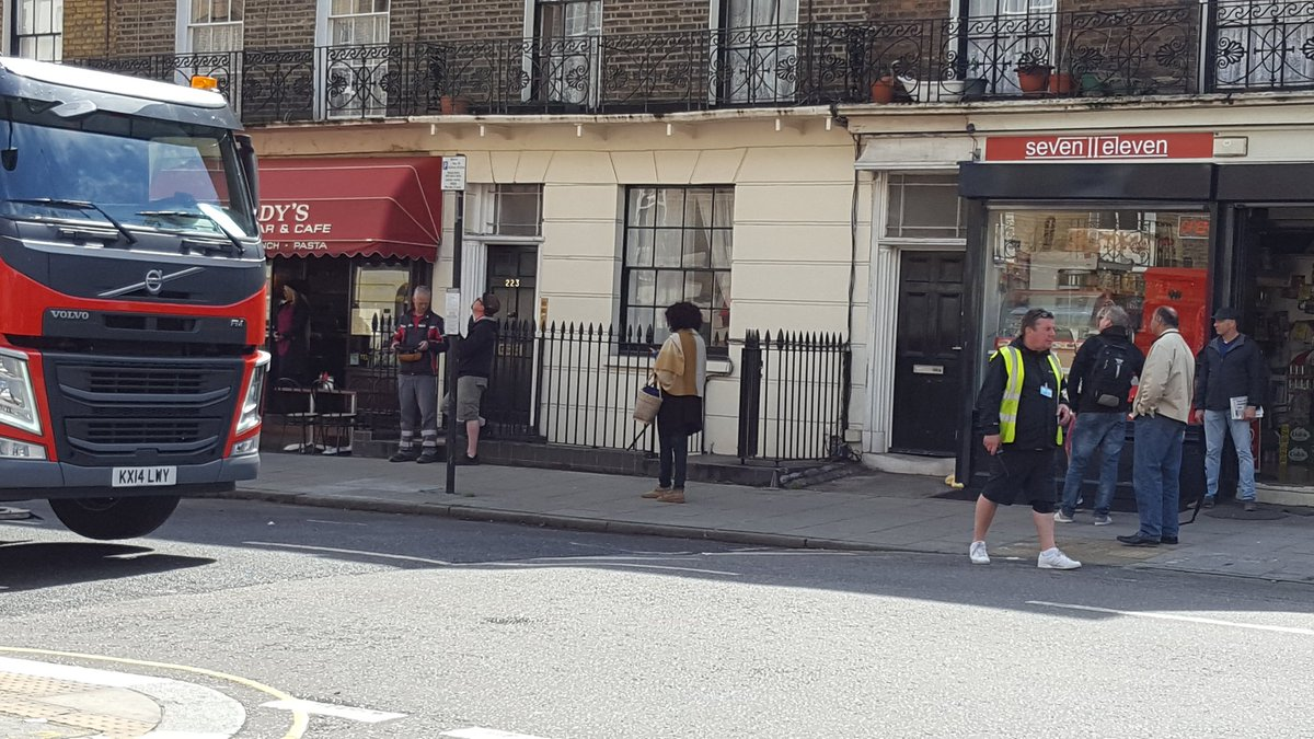 "Extras await the call of ""Action"". #setlock https://t.co/ahvFOiZtch"