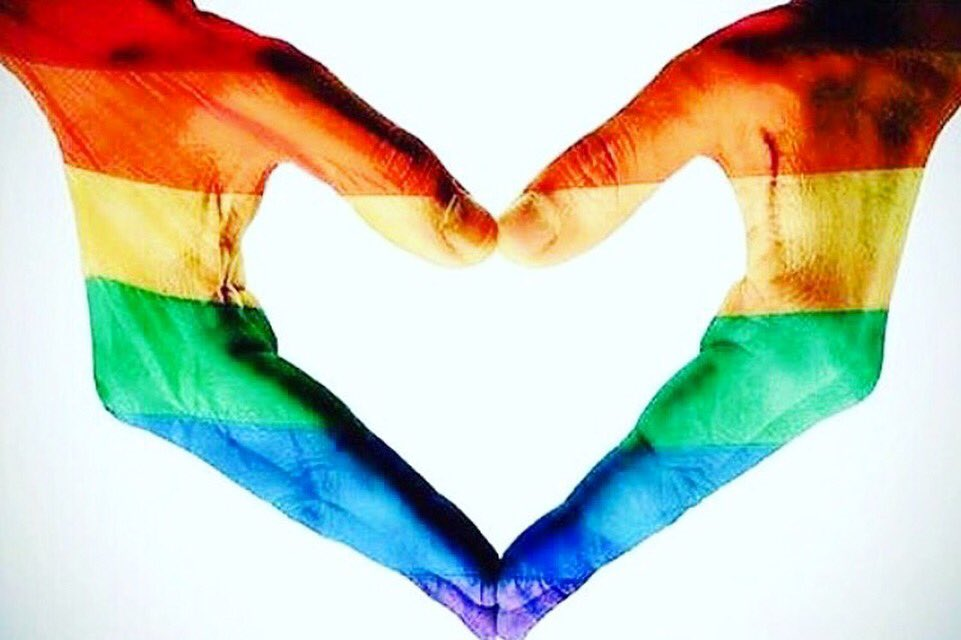 No one deserves to die just because they are different than you. #PrayForOrlando #StopTheHate https://t.co/noIWW2tUyM