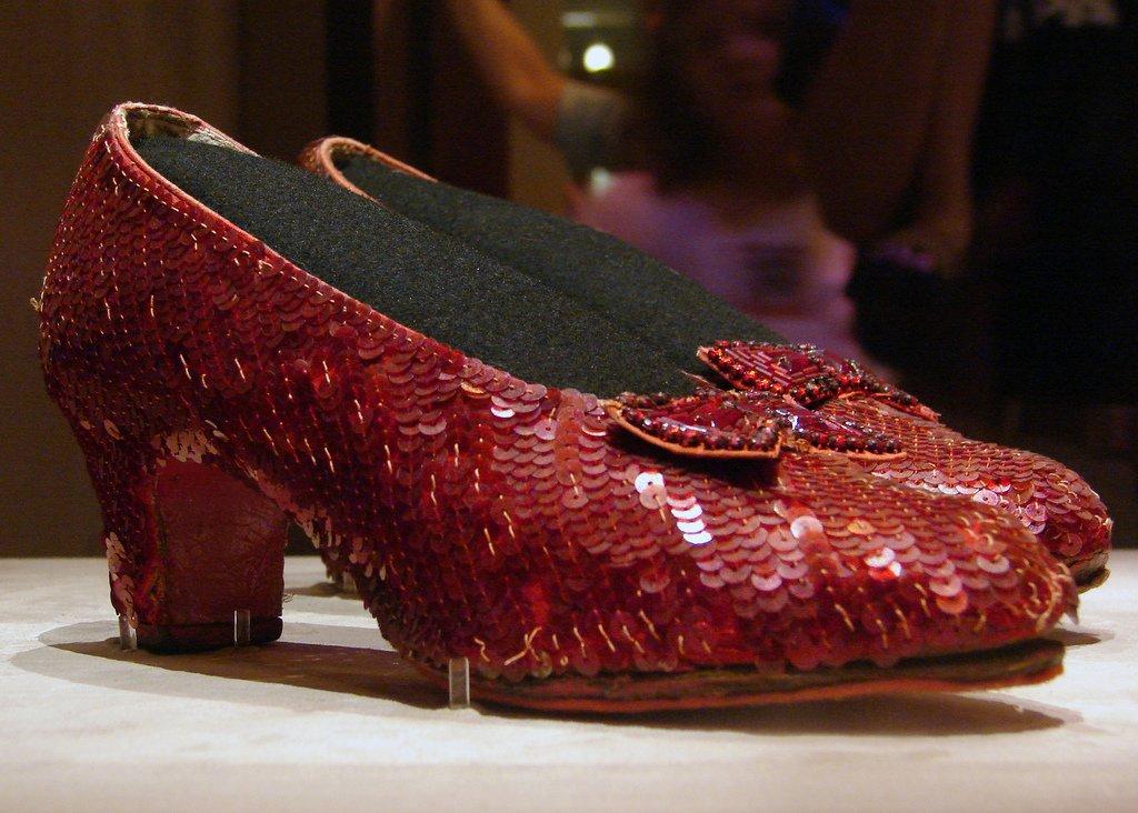 kno dorothys ruby slippers - 1024×732