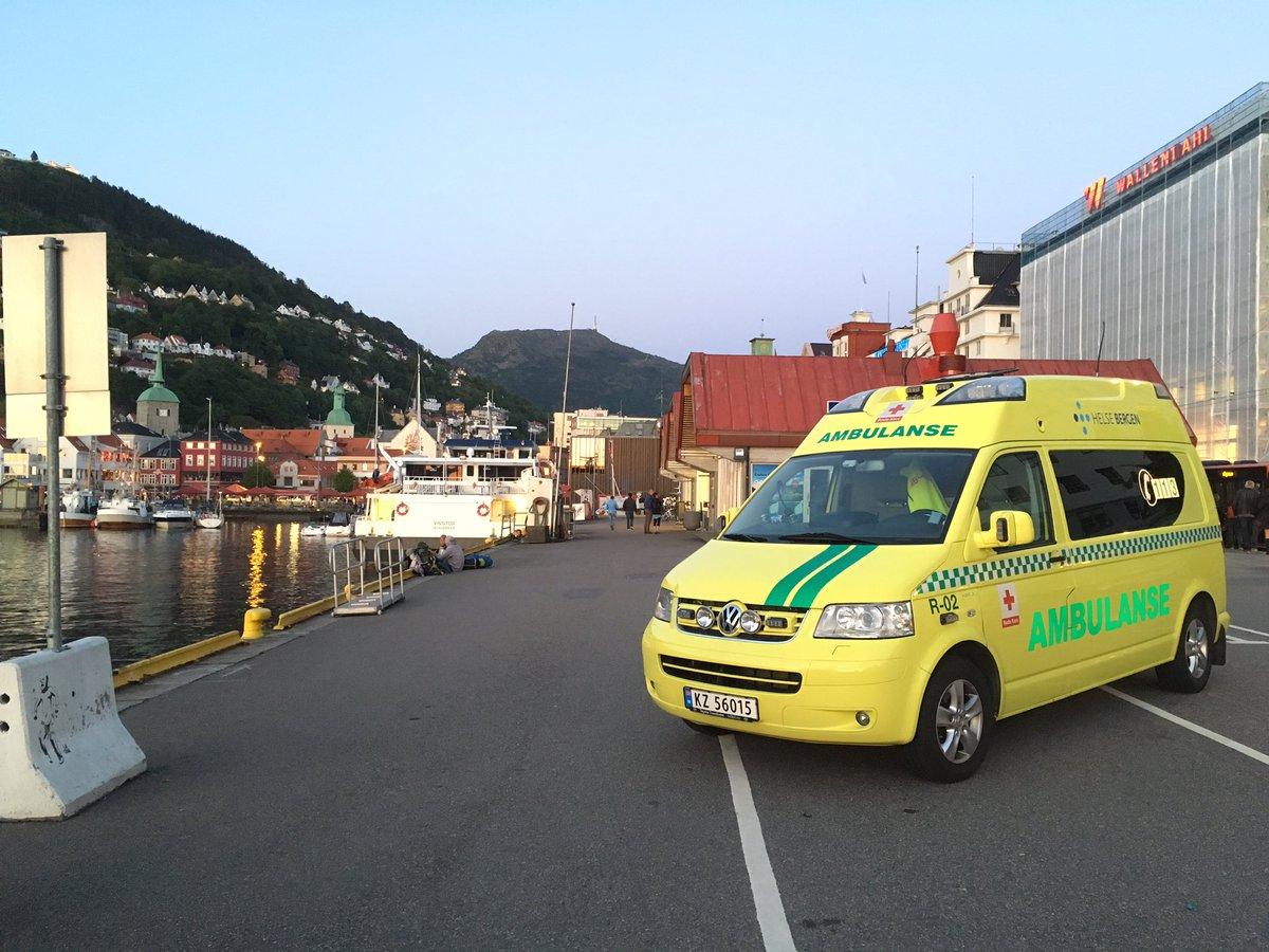 røde kors ambulansen bergen