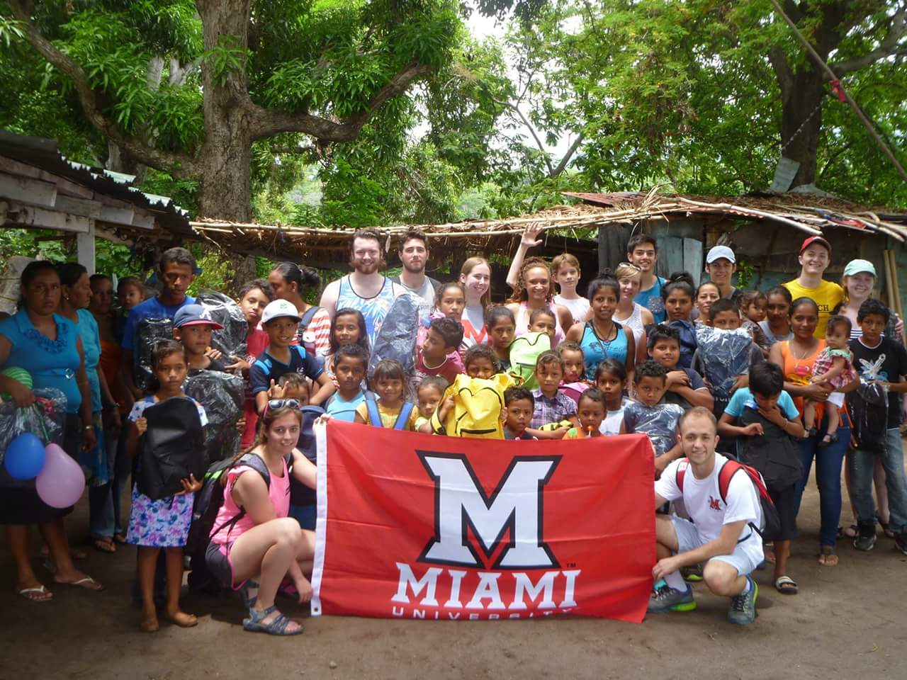 RT @tm972: #MiamiOH students threw a celebration provided backpacks & school supplies for kids in Granada #Nicaragua https://t.co/otFl1irakS