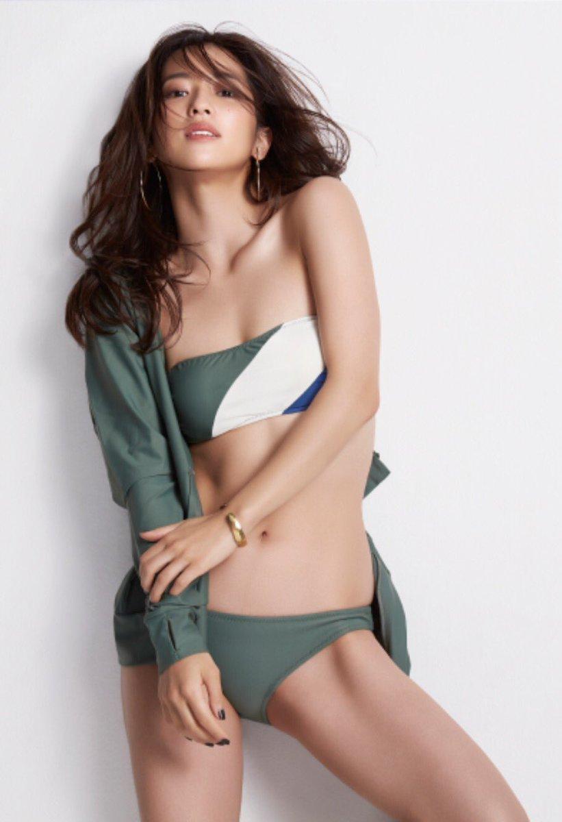 中村アン メイクにファッションに『中村アン』の女子力から目が離せない