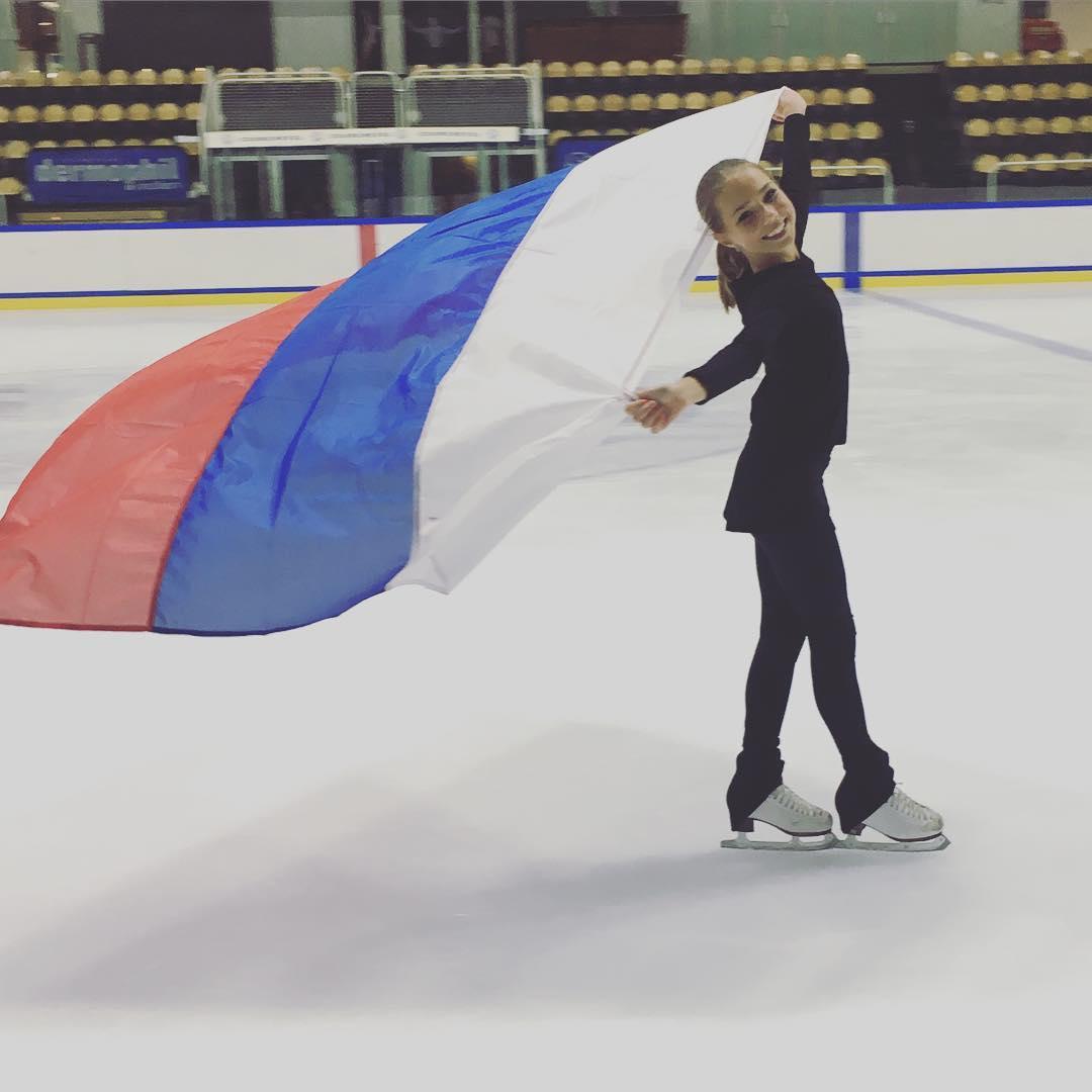 Группа Мишина - СДЮСШОР «Звёздный лёд» (Санкт-Петербург) - Страница 15 Cl-2K2fWMAAgtDt