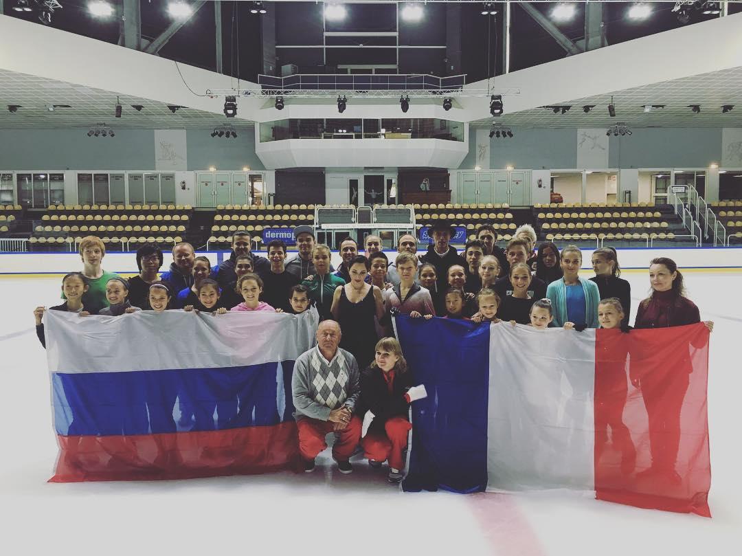 Группа Мишина - СДЮСШОР «Звёздный лёд» (Санкт-Петербург) - Страница 15 Cl-2U-HWAAUQJEk