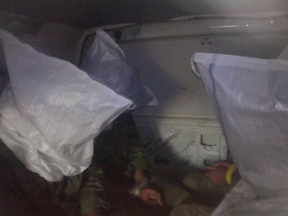 За сутки боевики 71 раз обстреливали украинские позиции: террористы применяют 122-мм САУ, 82-мм минометы и зенитные установки, - штаб АТО - Цензор.НЕТ 192