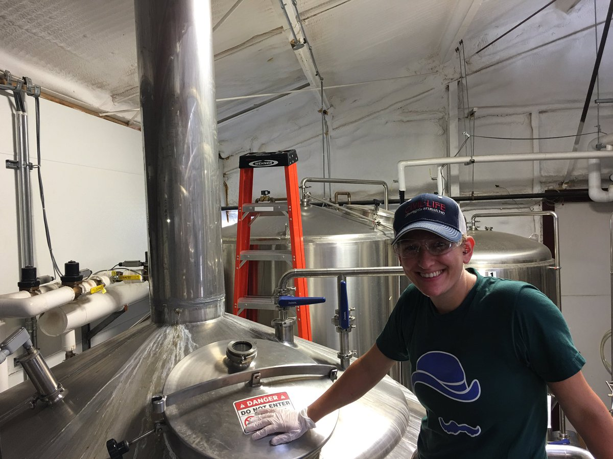 A huge welcome to our newest brewer @TroyBedik!  Expect great beers from her over the coming years! @pinkbootsbeer https://t.co/eMwIgip8GO