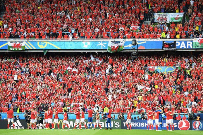 Don't send me home, please don't send me home... #Wal