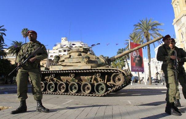 تونس تعلن دخولها ساحة التصنيع العسكرى بإنشاء شركة وطنية Cl0Wp3RUgAAxebB