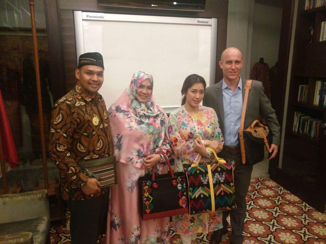 Indonesia Fashion Week 2017 Dibuka Hari Ini