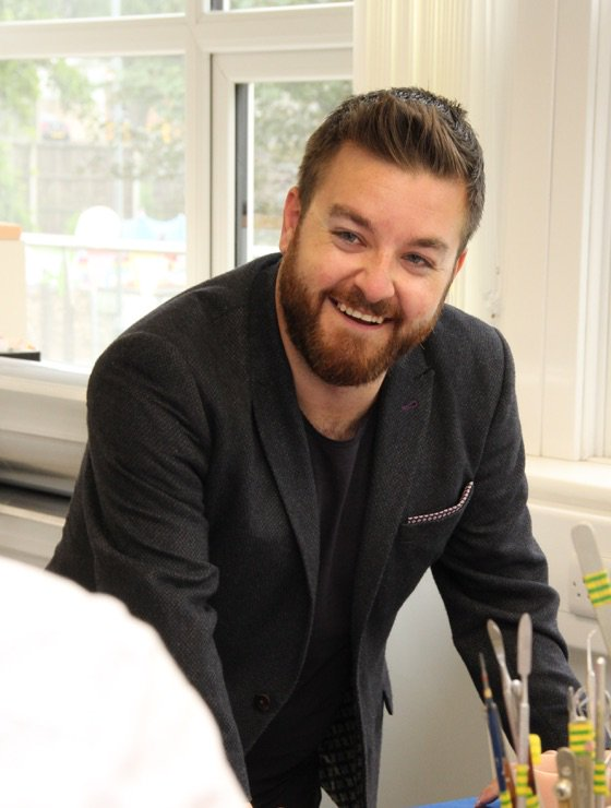 Got to meet @alex_brooker today. Really nice guy - works hard too! https://t.co/oC5mma2m39