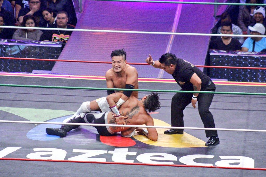 CMLL: Una mirada semanal al CMLL (del 23 al 29 de junio de 2016) - Zeuxis, reina nacional; Michael Elgin se corona en Elite; Joker, monarca medio de Occidente y más... 6